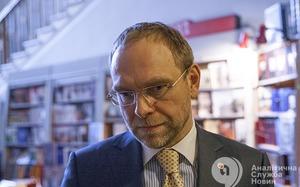 Сергей Власенко: Правоохранительные органы работают по принципу политической целесообразности