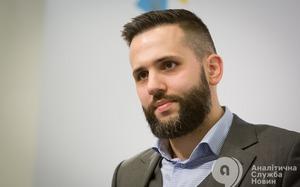 Максим Нефьодов: Лучшим новогодним подарком для меня стало бы принятие закона «О публичных закупках»