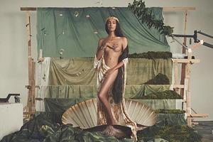 Модель-трансгендер разделась для обложки журнала Elle