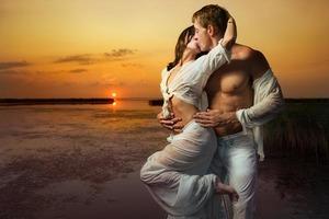 Ждите вспышку страсти: любовный гороскоп на 18 января