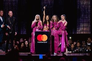В Лондоне раздали BRIT Awards: яркие победители