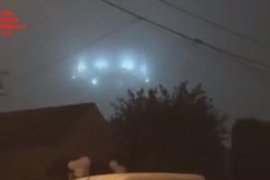 Гуманоиды с Нибиру. В США сняли на видео огромный синий НЛО