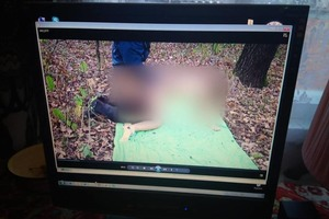 На пару с кумом насиловали дочек. Киберполиция задержала двух извращенцев в Киеве