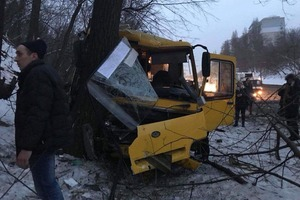 Жесть в Киеве: разбилось две маршрутки: 12 пострадавших