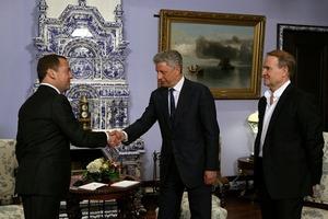 СБУ даст оценку встрече Медведчука и Бойко с Медведевым