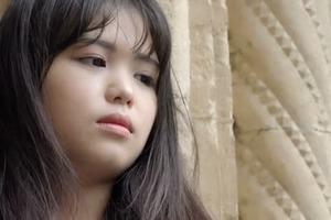 Аномальная глухота: женщина перестала слышать мужские голоса