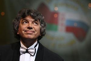 Умер известный исполнитель песни Очи черные, который был родом из Украины