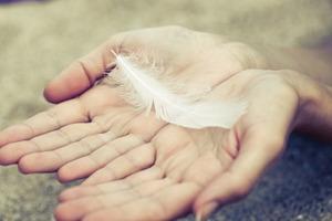 Как распознать сигналы от своего ангела-хранителя