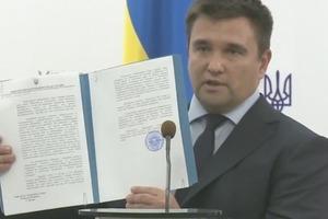 Украина официально уведомила Россию о разрыве Договора о дружбе