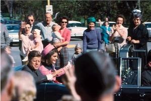 В СССР боялись смерти Кеннеди, Освальд встречался с КГБ и странные способы убийства Кастро. Что в рассекреченных архивах США