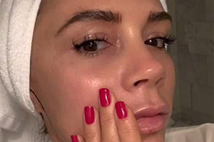 Виктория Бекхэм сделала косметику из собственной крови