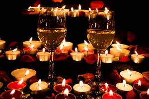 Устройте ужин при свечах: любовный гороскоп на 22 января