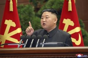 В КНДР говорят о самом большом кризисе страны в истории. Есть подозрение, что коронавирус проник и в эту закрытую страну