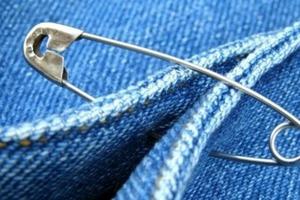 Как носить булавку, чтобы привлечь удачу, любовь и защититься от негатива