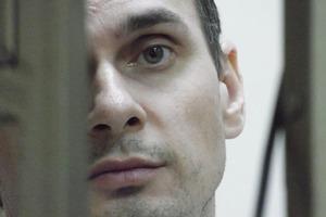 Денисовой не дали пообщаться с Сенцовым даже по видеосвязи