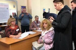 Организм дает сбой: Пугачева призналась, что ей трудно ходить и дышать