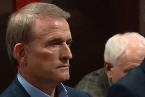Судья отчитал сторону обвинения, и избрал меру пресечения для Медведчука