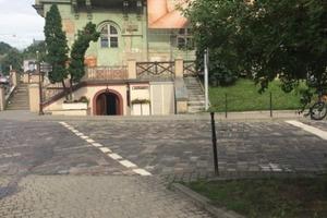 «Культурное дно»: во Львове в театре им. Заньковецкой открылся эротический клуб
