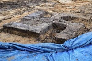 Гигантскую свастику из бетона нашли в Германии