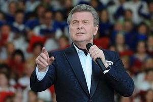 Российского певца Льва Лещенко экстренно госпитализировали