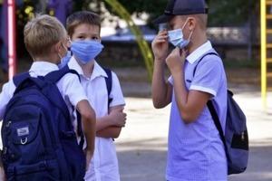 Доктор Комаровський вважає, що в школах неправильно діють з профілактикою коронавірусу