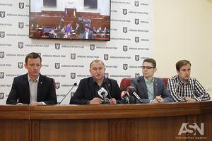 Власти не знают, сколько в Киеве пассажиров: депутаты требуют мораторий на повышение тарифов