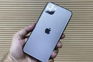 Російський iPhone 11 Pro Max  виявився найдорожчим в світі