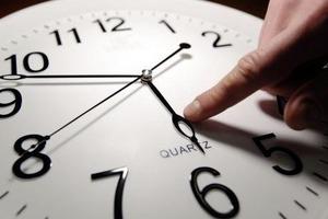 Переведення годинників на літній час в Україні - бути!