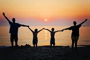 Як знаки Зодіаку ставляться до сім'ї і родичів?