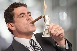 Каждые два дня новый миллионер: названо количество богачей на планете