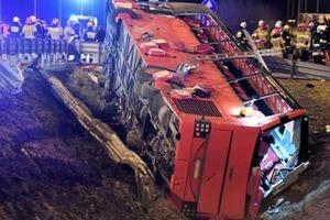 Шесть украинцев погибли и десятки в больнице. Страшная авария в Польше