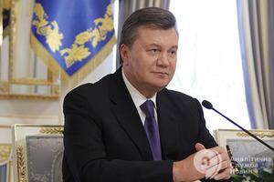 Прокурори не прийшли. У суді пояснили зняття арешту з компаній Януковича