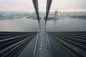 Сегодня на Московском мосту ограничат движение транспорта
