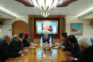 Эрдоган прокомментировал итоги визита в Сочи и раскритиковал политику США в Сирии