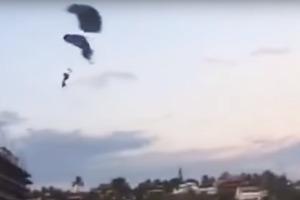 Смертельное столкновение парашютисток: опубликовано видео