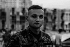 В Николаеве застрелился летчик-герой АТО Владислав Волошин