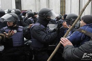 Правоохранительная антиреформа: 2000 жалоб о пытках полицейскими - ни одного тюремного срока