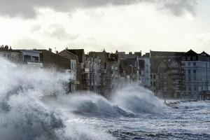 МИД предупредил украинцев: в Европе шторм, авиарейсы отменены