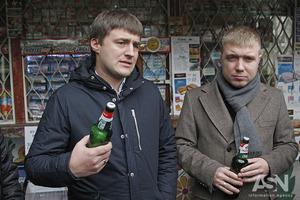 По пиву? Чиновники КМДА відшукували кіоски, у яких ще продають алкоголь