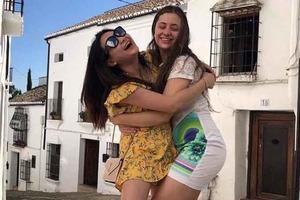 «Спалила» тата. Дочка Порошенка похвалилася відпочинком в Іспанії