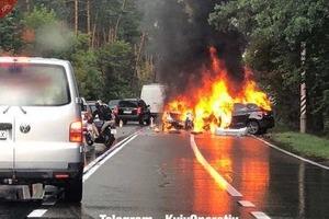 Лоб в лоб: под Киевом в ДТП заживо сгорели три человека