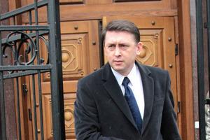 Суд разрешил арестовать майора Мельниченко и все его имущество