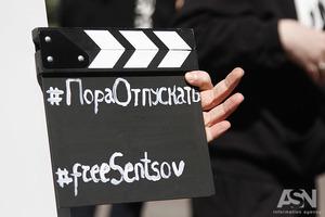 Исхудал, но остается непреклонен: адвокат сообщил о состоянии Сенцова