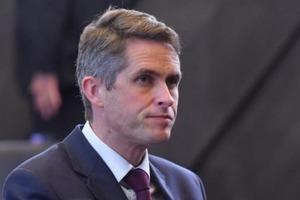 Великобритания предоставит Украине военную поддержку и корабль Королевского флота