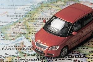 Без именных номеров и с новыми правами. В МВД напомнили, как правильно ехать на своем авто в ЕС