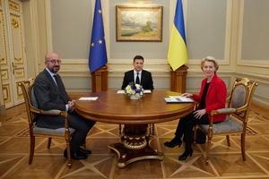 Зеленський наполягає на посиленні санкцій проти Росії