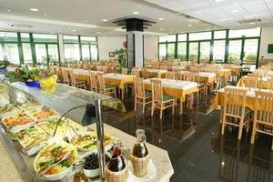 """Турецкие отели вводят штрафы за злоупотребление едой по системе """"все включено"""""""