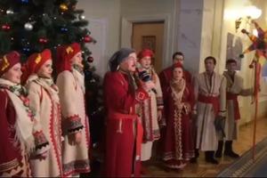 Депутатам в Раде спели колядки и поздравили с праздниками