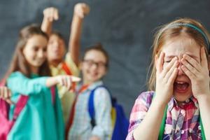 Рада ввела штрафи за цькування в школі - до 3400 гривень