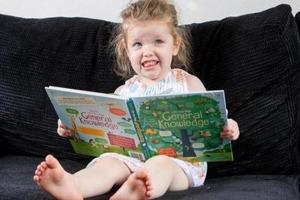 У трехлетней британской девочки IQ оказался выше, чем у Эйнштейна